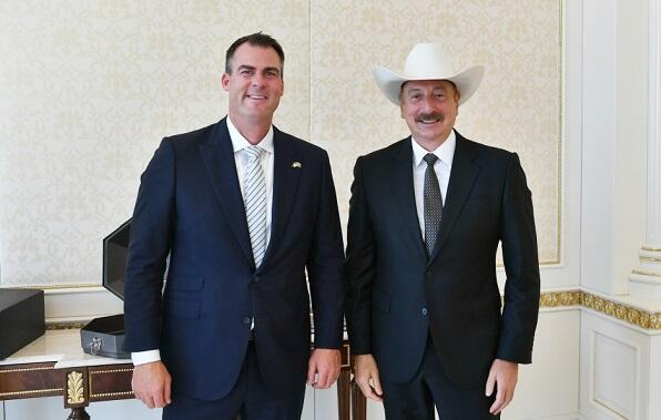 US Governor`s interesting gift for Ilham Aliyev -