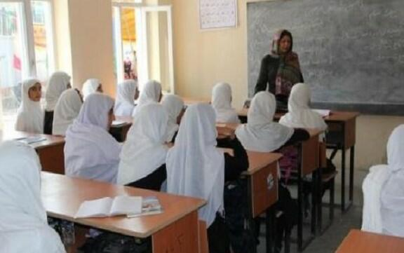 Taliban to allow Afghan girls to attend schools