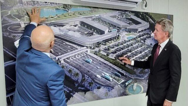 British businessmen are interested in Alat SEZ - Sharp