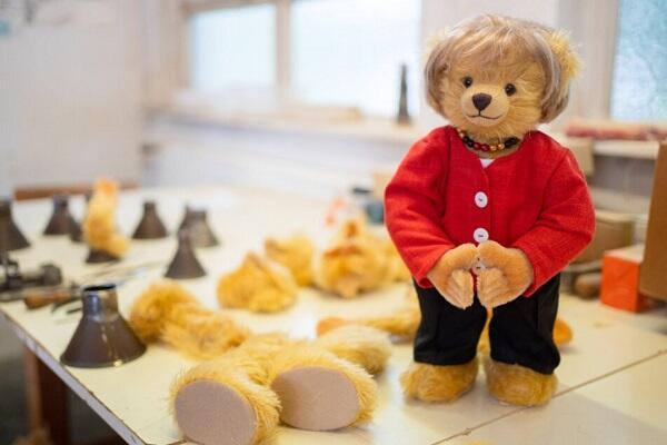 Toy bear resembling Merkel has been created -