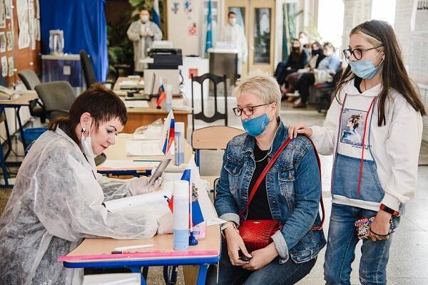 Rusiyada seçkilərin ilkin nəticələri açıqlandı – Ekzit-poll