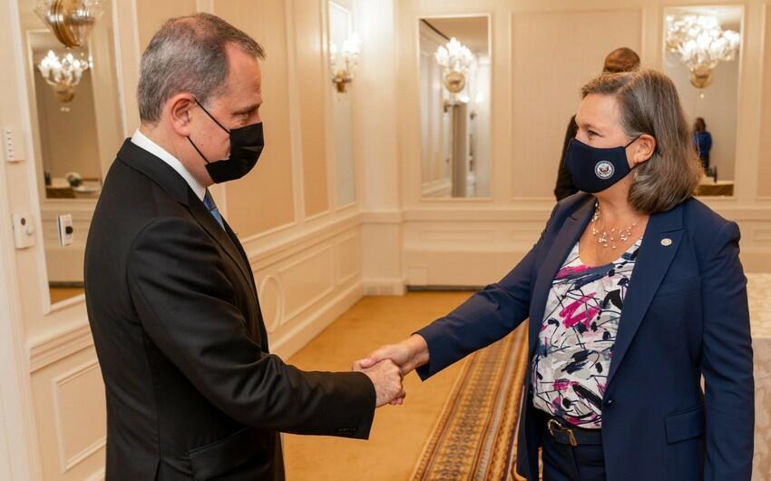 Ceyhun Bayramov Viktoriya Nulandla görüşdü