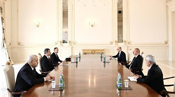 Ilham Aliyev received Oil minister of Iraq