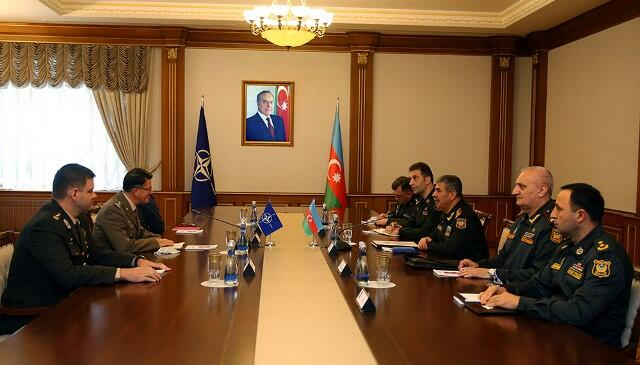 Zakir Həsənov NATO generalı ilə görüşdü