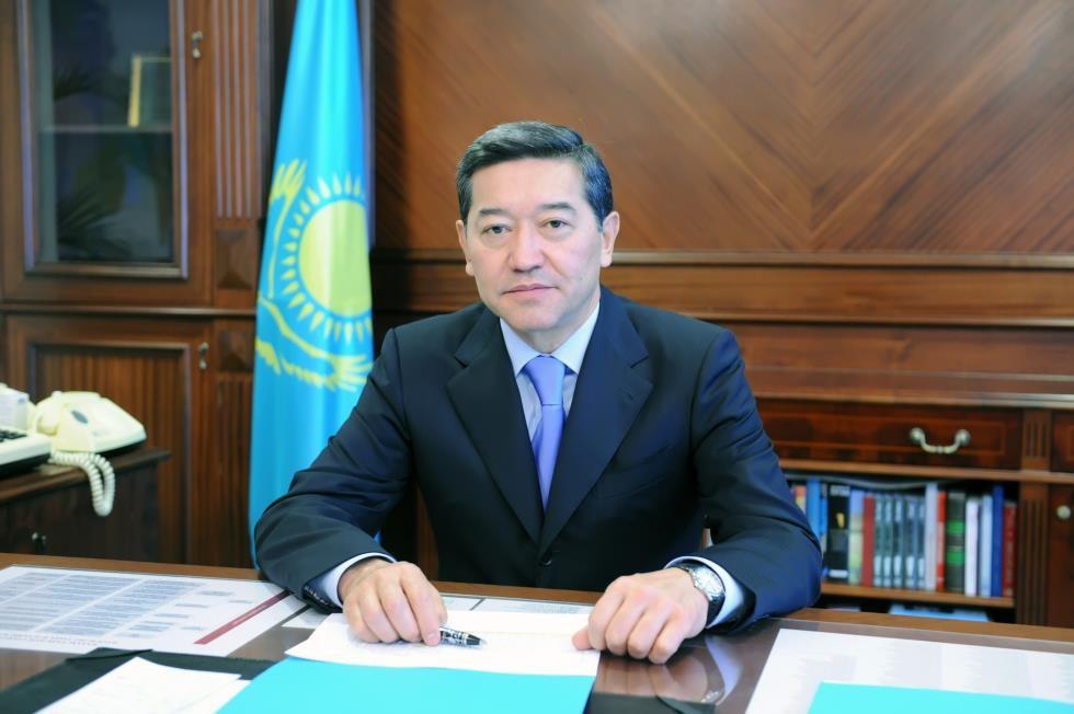 Nazarbayev keçmiş baş nazirini əfv etdi