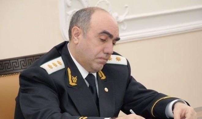 Qaralov idarə rəisini işdən çıxardı