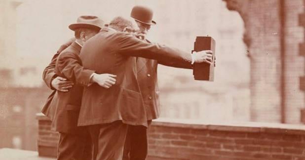 Dünyada ilk selfie - Günün fotosu
