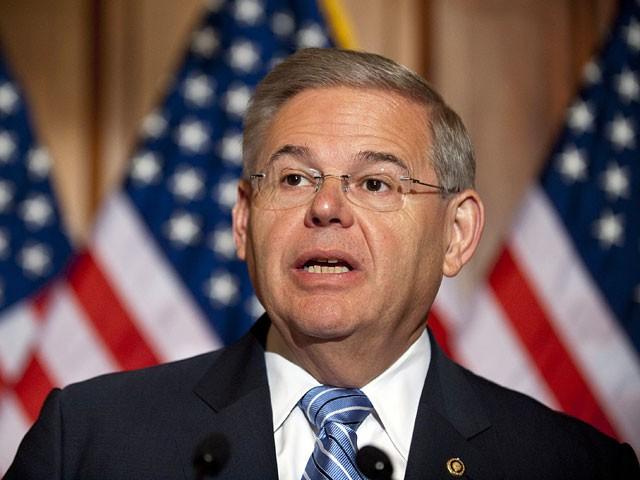 ABŞ senatoru: Trampı bu sözləri deməyə məcbur etməliyik