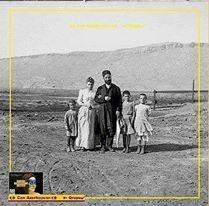 Hacı Zeynalabdin Tağıyev ailəsi ilə birgə - Tarixi foto