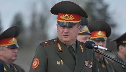 Belaruslu nazir tankçılarımızın uğurundan danışdı