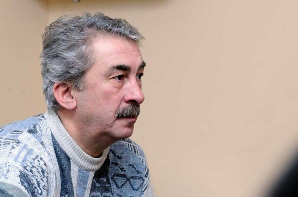 Заслуженный артист уволен с работы
