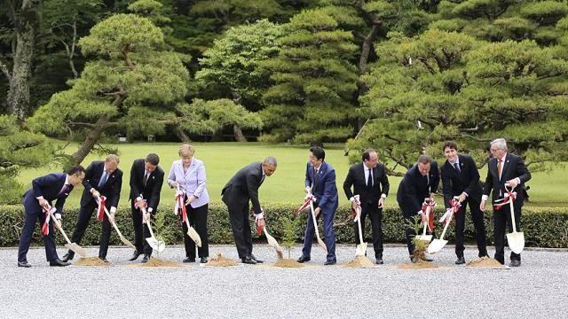 3 ağac, 7 lider, 40 dərd - Günün Fotosu