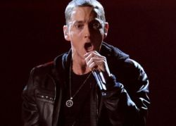 Famous rapper Eminem breaks his own record for speed