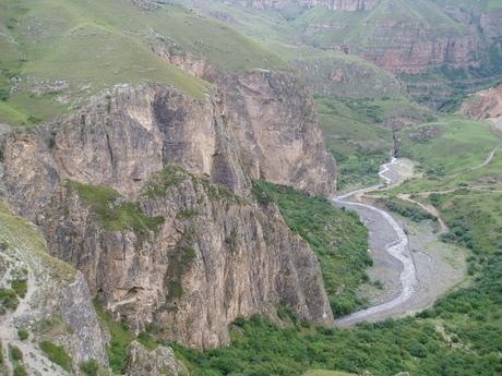 آذربایجاندا آنتیک دؤور قبیریستانلیغی تاپیلدی - فوتو