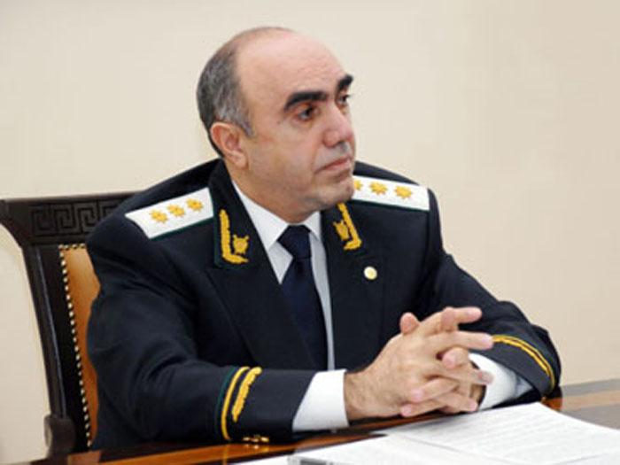 Baş prokuror Aslanovla bağlı Luçenkoya müraciət etdi