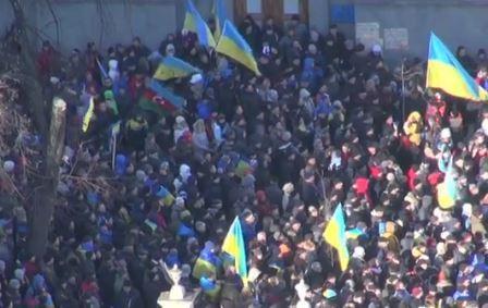 Ukraynada qarşıdurma: 11 nəfər saxlanıldı