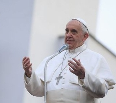 Pope defends Iraqi for its sovereignty to be respected